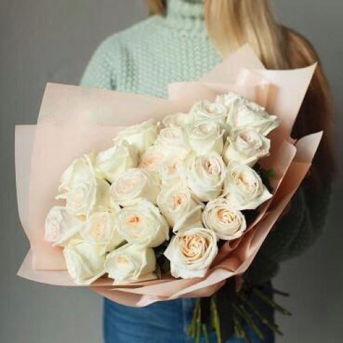 Купить на заказ Заказать Букет из 31 белой розы с доставкой по Темиртау с доставкой в Темиртау