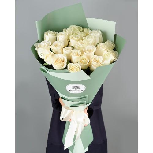 Купить на заказ Заказать Букет из 25 белых роз с доставкой по Темиртау с доставкой в Темиртау