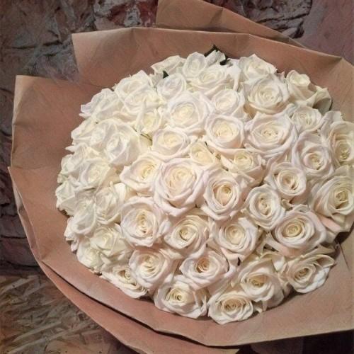 Купить на заказ Заказать Букет из 101 белой розы с доставкой по Темиртау с доставкой в Темиртау